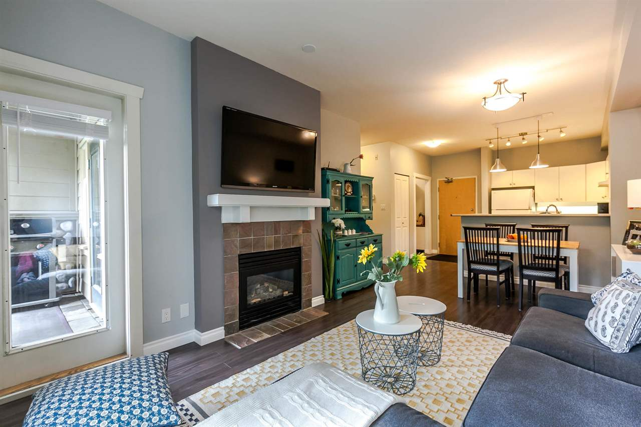 "Photo 3: 109 18 SMOKEY SMITH Place in New Westminster: GlenBrooke North Condo for sale in ""THE CROFTON"" : MLS(r) # R2169759"