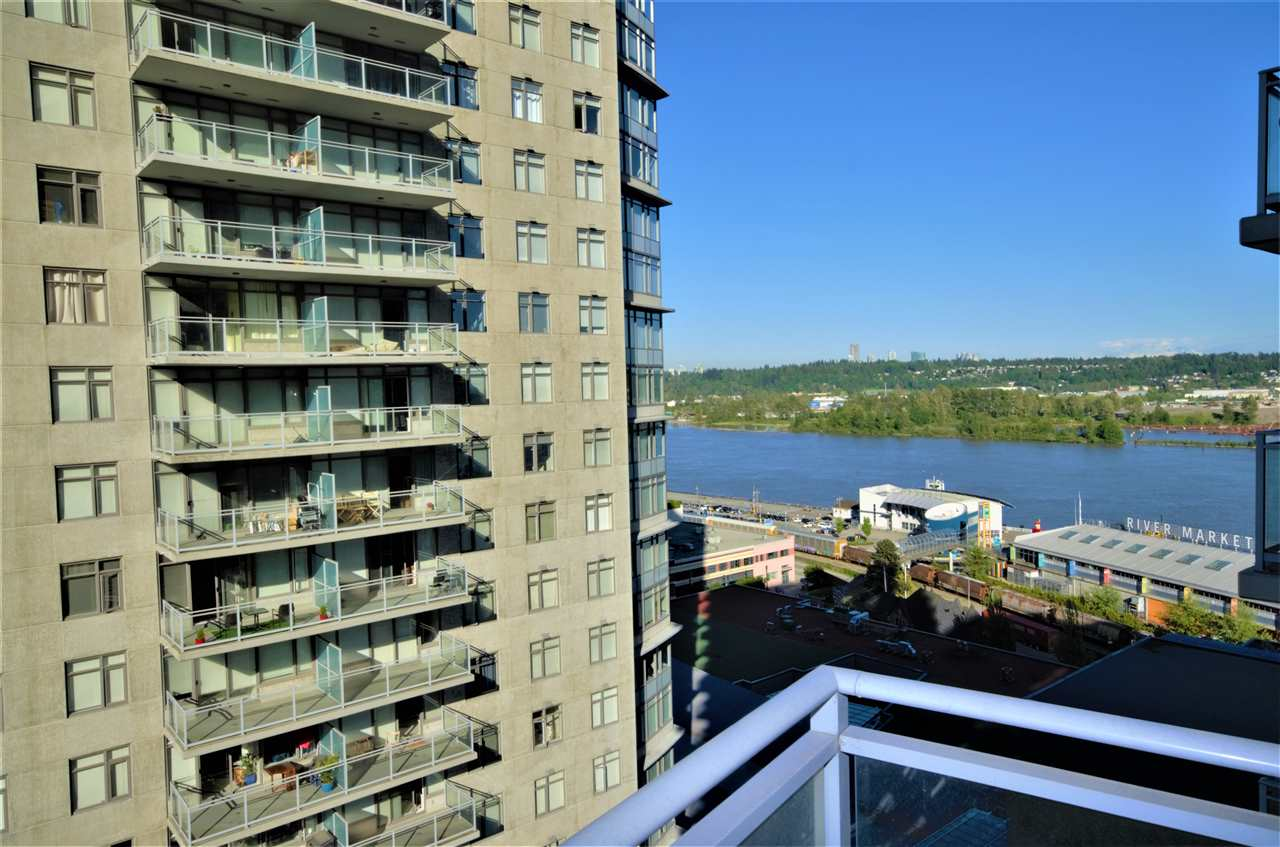 "Main Photo: 2006 892 CARNARVON Street in New Westminster: Downtown NW Condo for sale in ""AZURE II"" : MLS®# R2169882"