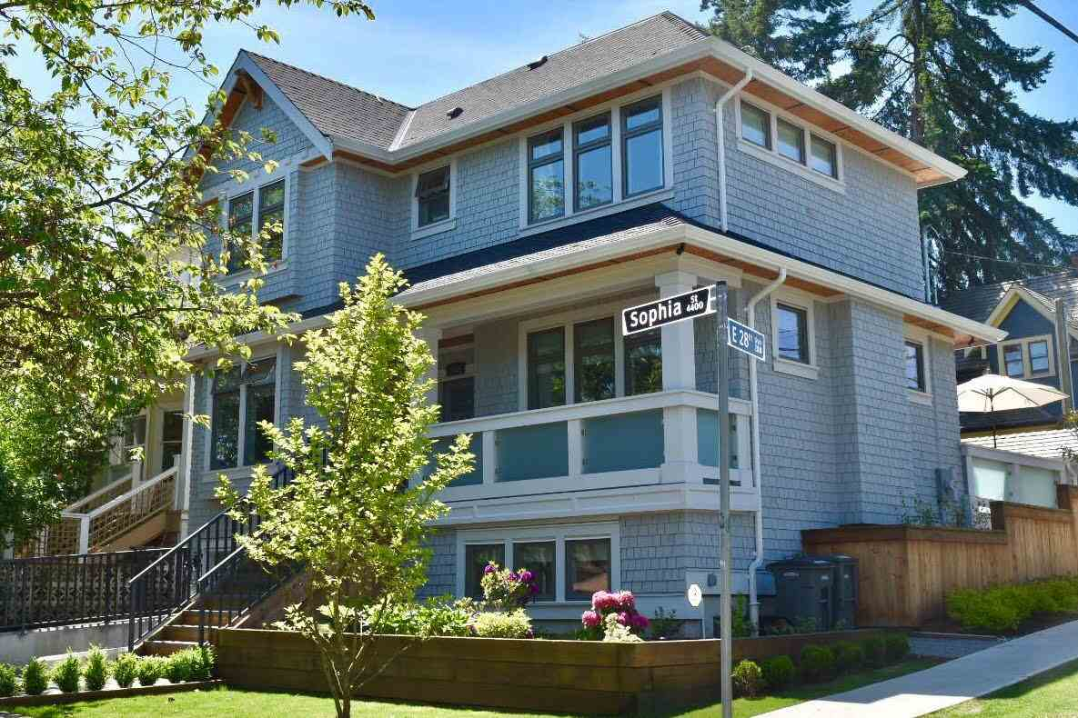 "Main Photo: 4405 SOPHIA Street in Vancouver: Main House for sale in ""Main Street"" (Vancouver East)  : MLS(r) # R2173813"