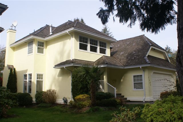 Photo 2: 1401 128A Street in South Surrey: Home for sale : MLS(r) # F2809077