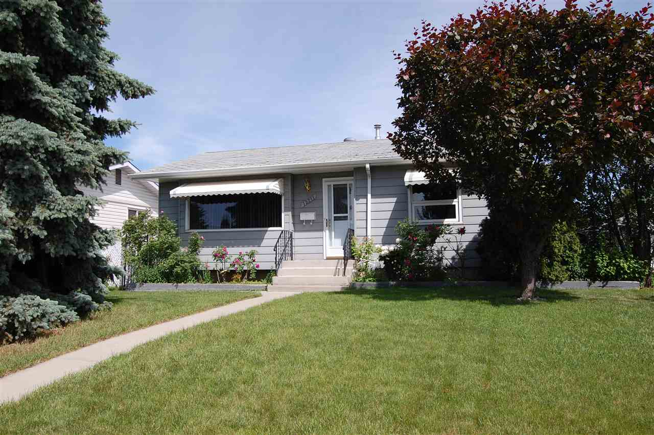 Main Photo: 13211 68 Street in Edmonton: Zone 02 House for sale : MLS(r) # E4069962