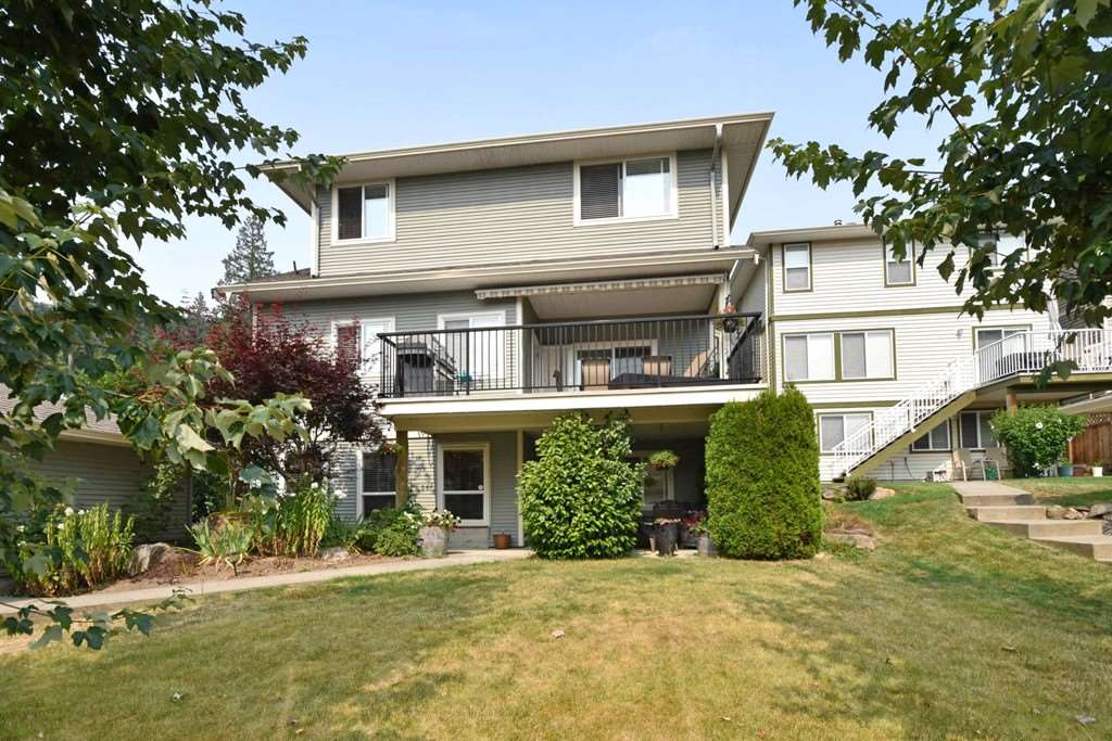 "Photo 19: Photos: 36492 LESTER PEARSON Way in Abbotsford: Abbotsford East House for sale in ""Auguston"" : MLS® # R2195024"
