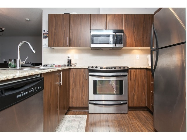 Photo 5: D110 8929 202 Street in Langley: Walnut Grove Condo for sale : MLS® # R2194862