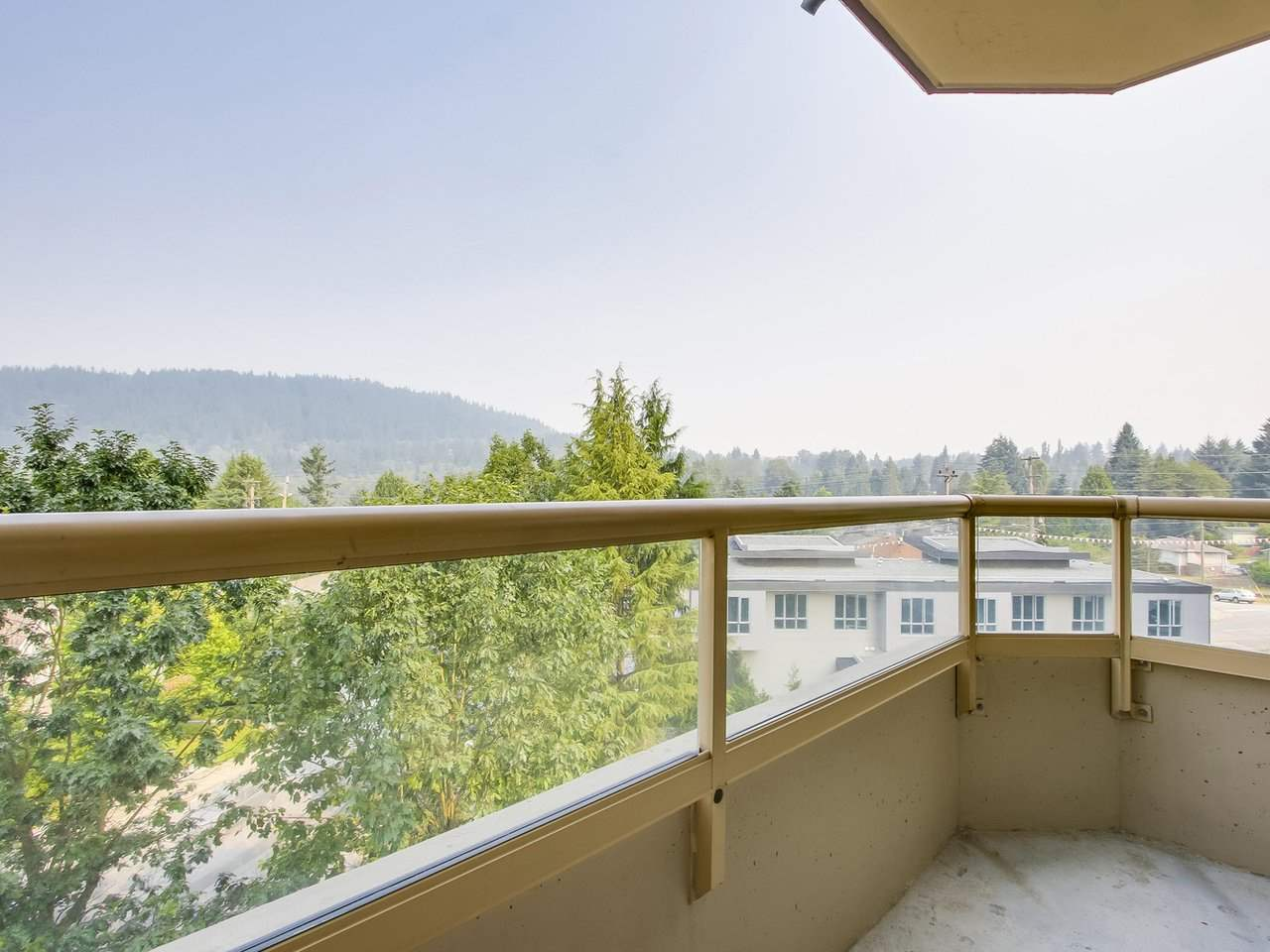 "Photo 16: 603 738 FARROW Street in Coquitlam: Coquitlam West Condo for sale in ""THE VICTORIA"" : MLS® # R2196108"