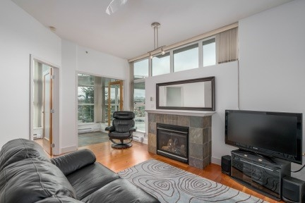 "Main Photo: 310 8988 HUDSON Street in Vancouver: Marpole Condo for sale in ""RETRO"" (Vancouver West)  : MLS® # R2198582"
