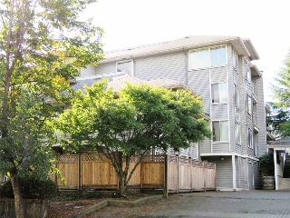 "Main Photo: 305 11671 FRASER Street in Maple Ridge: East Central Condo for sale in ""Belmar Terrace"" : MLS® # R2208253"