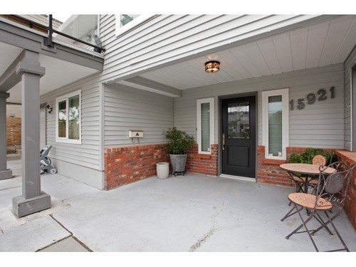 Main Photo: 15921 PACIFIC Ave in South Surrey White Rock: Home for sale : MLS® # F1425663