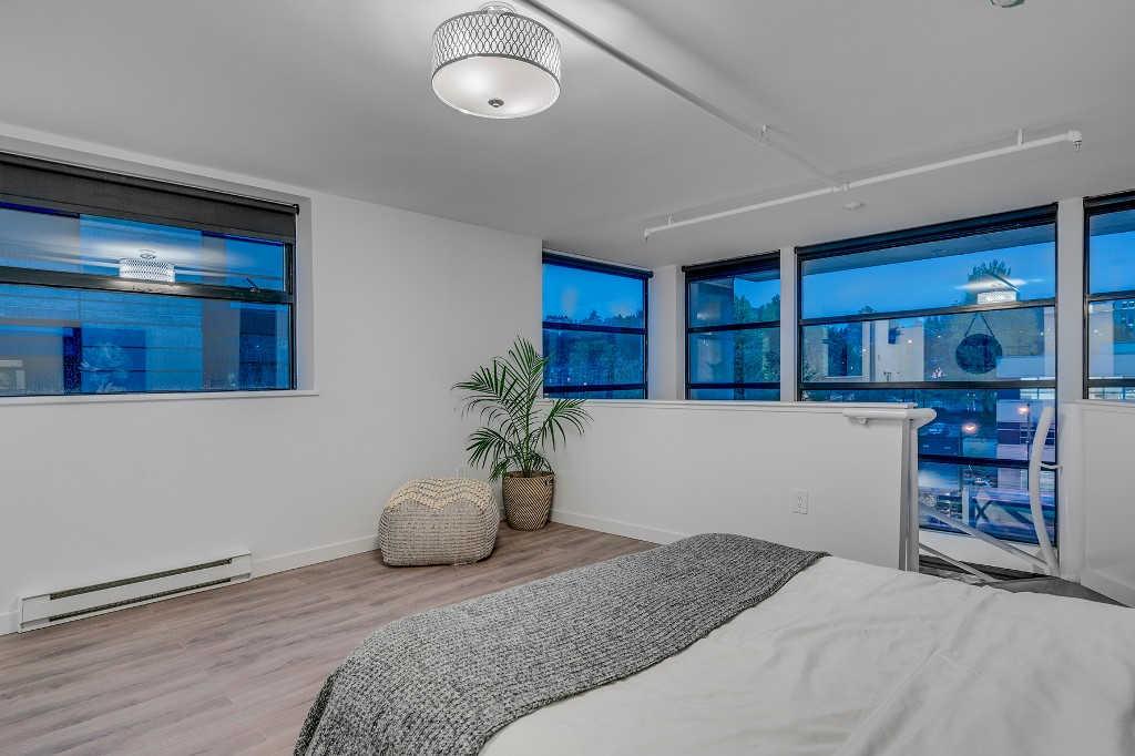 "Photo 19: Photos: 501 428 W 8TH Avenue in Vancouver: Mount Pleasant VW Condo for sale in ""XL LOFTS"" (Vancouver West)  : MLS® # R2214757"