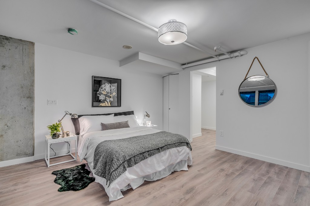"Photo 17: Photos: 501 428 W 8TH Avenue in Vancouver: Mount Pleasant VW Condo for sale in ""XL LOFTS"" (Vancouver West)  : MLS® # R2214757"