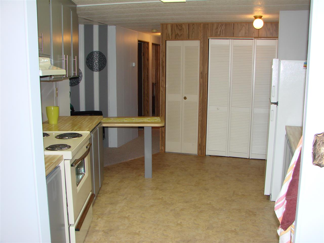 Photo 6: Photos: 25 4496 SUNSHINE COAST Highway in Sechelt: Sechelt District Manufactured Home for sale (Sunshine Coast)  : MLS® # R2217808