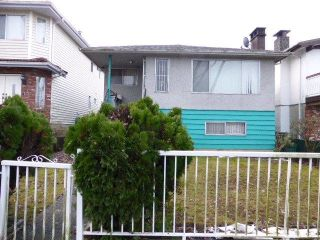 Main Photo: 958 E 38TH Avenue in Vancouver: Fraser VE House for sale (Vancouver East)  : MLS® # R2231578