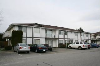"Main Photo: 6 45655 MCINTOSH Drive in Chilliwack: Chilliwack W Young-Well Condo for sale in ""McIntosh Place"" : MLS® # R2240095"