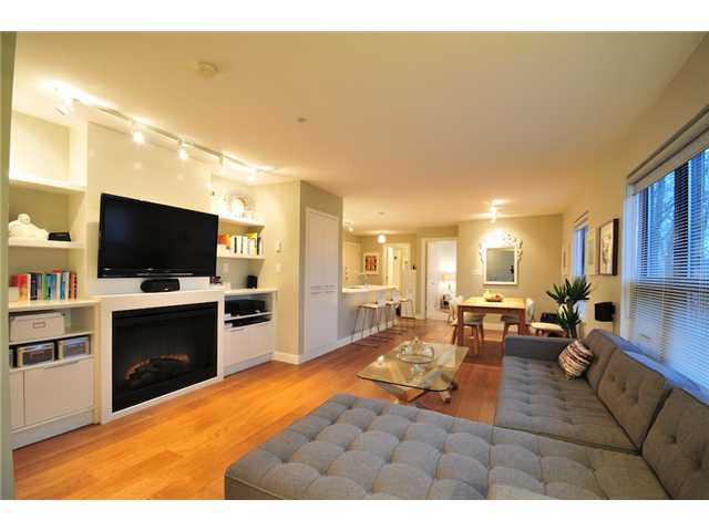 "Photo 5: 412 997 W 22ND Avenue in Vancouver: Cambie Condo  in ""THE CRESCENT IN SHAUGHNESSY"" (Vancouver West)  : MLS(r) # V870778"