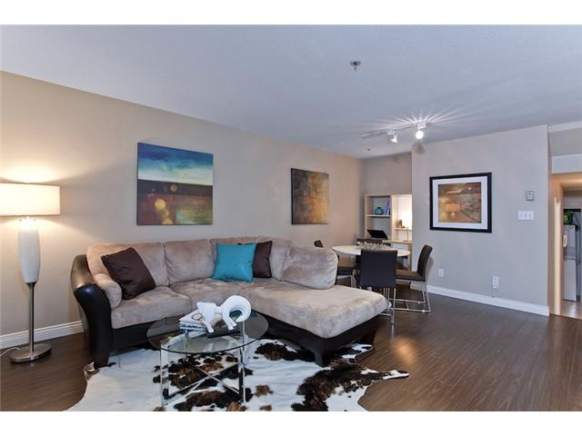 "Photo 5: 106 1023 WOLFE Avenue in Vancouver: Shaughnessy Condo for sale in ""SITCO MANOR"" (Vancouver West)  : MLS® # V887918"
