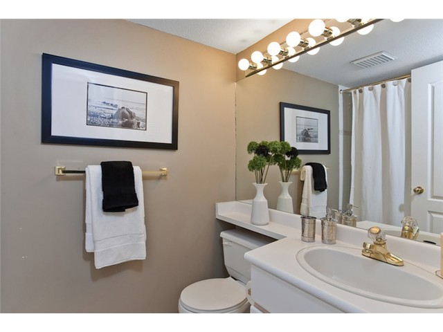 "Photo 9: 106 1023 WOLFE Avenue in Vancouver: Shaughnessy Condo for sale in ""SITCO MANOR"" (Vancouver West)  : MLS® # V887918"