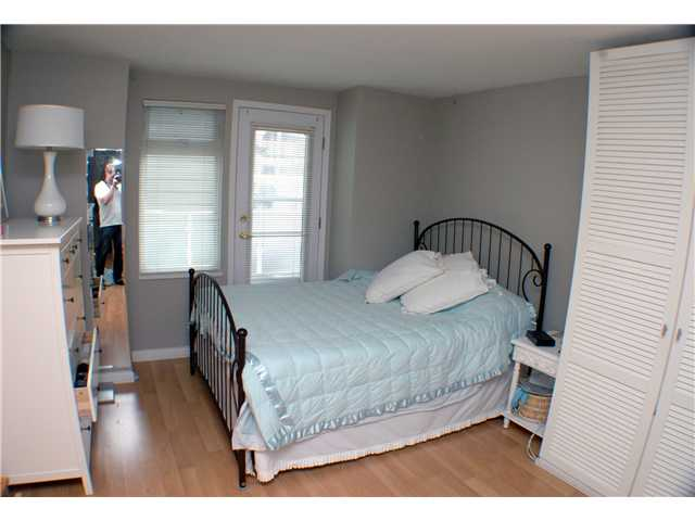 "Photo 7: 2261 HEATHER Street in Vancouver: Fairview VW Townhouse for sale in ""THE FOUNTAINS"" (Vancouver West)  : MLS(r) # V888051"