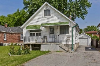 Main Photo: 30 Albright Avenue in Toronto: Alderwood House (1 1/2 Storey) for sale (Toronto W06)  : MLS(r) # W2939568
