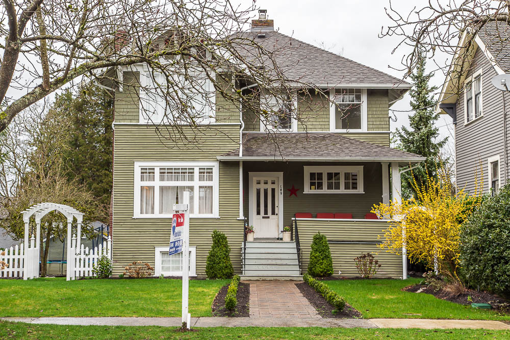 Main Photo: 109 ST. PATRICK Street in New Westminster: Queens Park House for sale : MLS® # R2040725