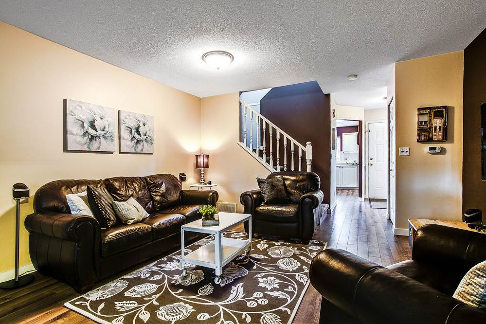 "Photo 8: 3 21801 DEWDNEY TRUNK Road in Maple Ridge: West Central Townhouse for sale in ""SHERWOOD PARK"" : MLS(r) # R2124804"