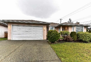 Main Photo: 9593 162A Street in Surrey: Fleetwood Tynehead House for sale : MLS(r) # R2153726
