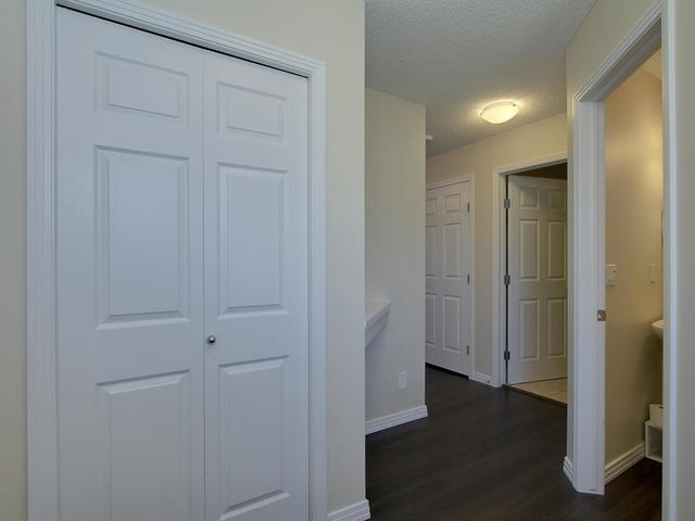 Photo 4: 1218 177A Street in Edmonton: Zone 56 House Half Duplex for sale : MLS(r) # E4065067