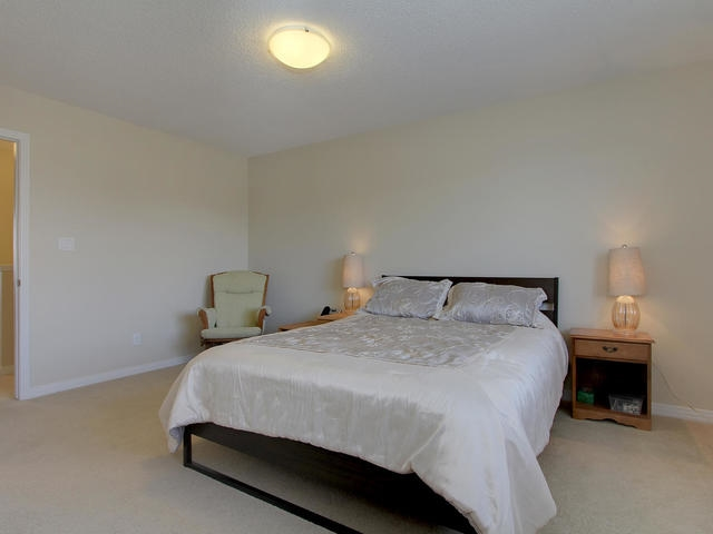 Photo 18: 1218 177A Street in Edmonton: Zone 56 House Half Duplex for sale : MLS(r) # E4065067