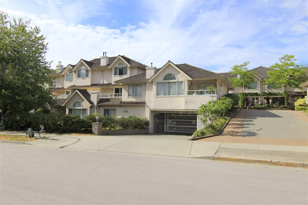 "Main Photo: 39 3701 THURSTON Street in Burnaby: Central Park BS Townhouse for sale in ""THURSTON GARDENS"" (Burnaby South)  : MLS® # R2191525"