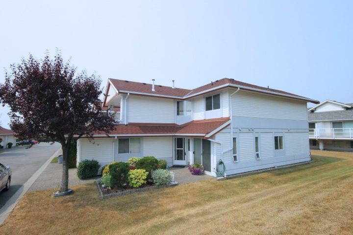 "Main Photo: 34 31406 UPPER MACLURE Road in Abbotsford: Abbotsford West Townhouse for sale in ""ELLWOOD STATES"" : MLS® # R2194712"