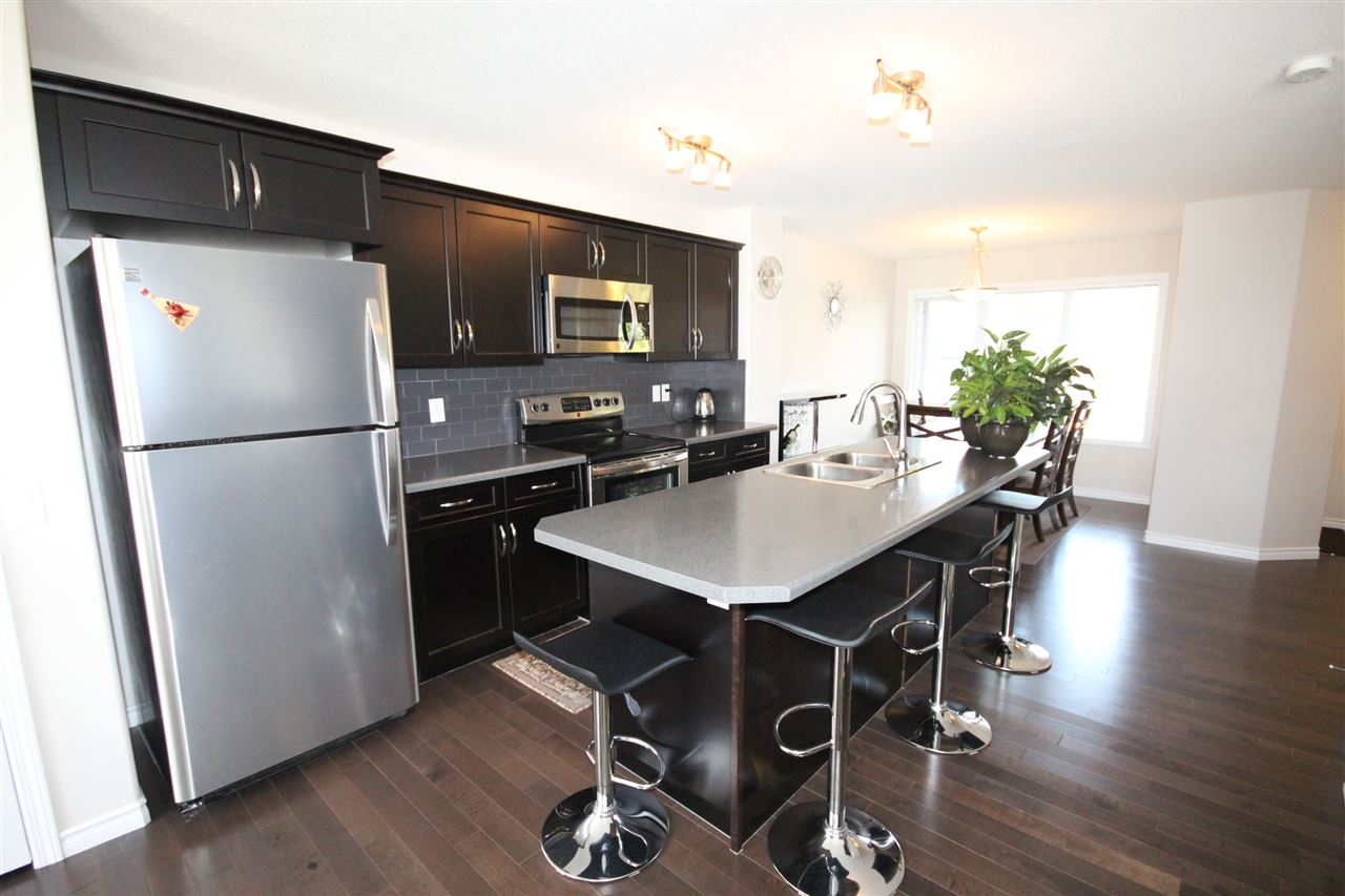 Photo 3: 361 SECORD Boulevard NW in Edmonton: Zone 58 House Half Duplex for sale : MLS® # E4077488
