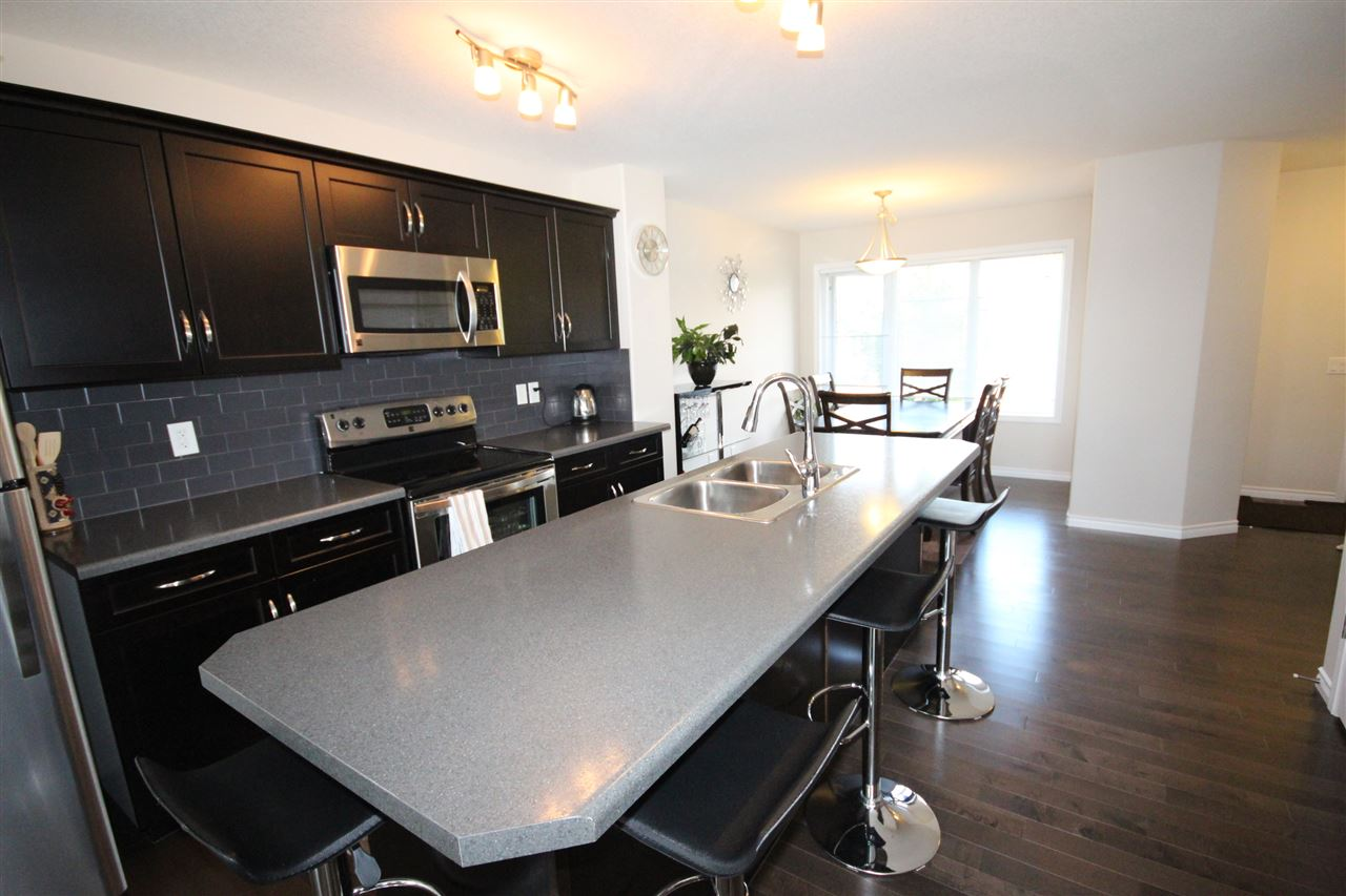 Photo 2: 361 SECORD Boulevard NW in Edmonton: Zone 58 House Half Duplex for sale : MLS® # E4077488