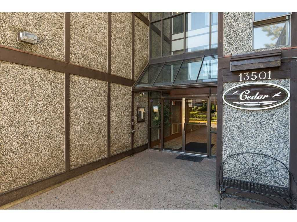 "Photo 2: Photos: 110 13501 96 Avenue in Surrey: Whalley Condo for sale in ""PARKWOODS"" (North Surrey)  : MLS® # R2210899"