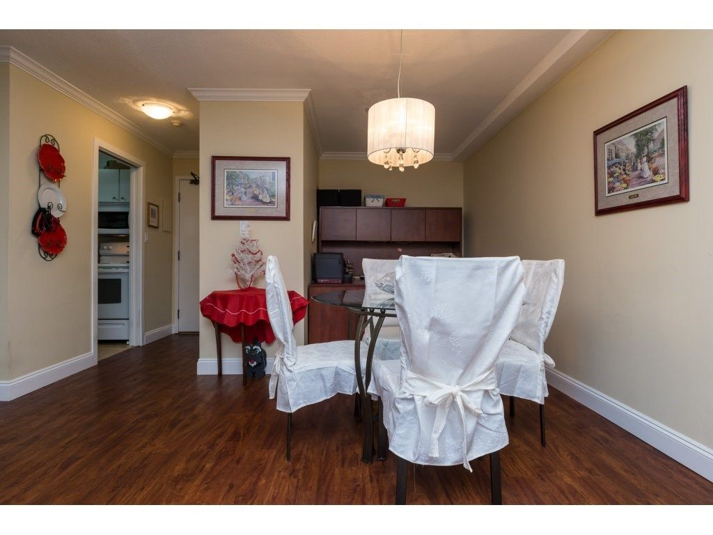 "Photo 12: Photos: 110 13501 96 Avenue in Surrey: Whalley Condo for sale in ""PARKWOODS"" (North Surrey)  : MLS® # R2210899"