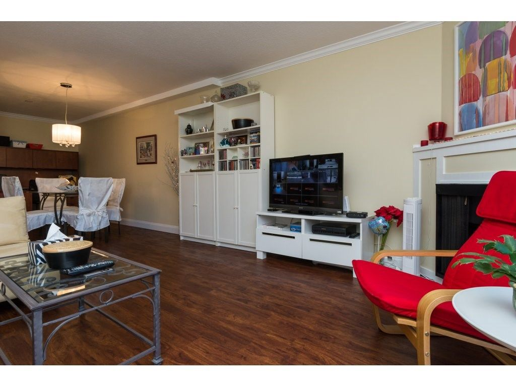 "Photo 10: Photos: 110 13501 96 Avenue in Surrey: Whalley Condo for sale in ""PARKWOODS"" (North Surrey)  : MLS® # R2210899"