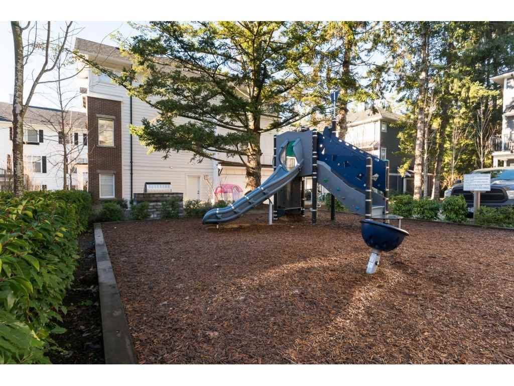 "Photo 20: Photos: 33 16458 23A Avenue in Surrey: Grandview Surrey Townhouse for sale in ""Essence"" (South Surrey White Rock)  : MLS® # R2226151"