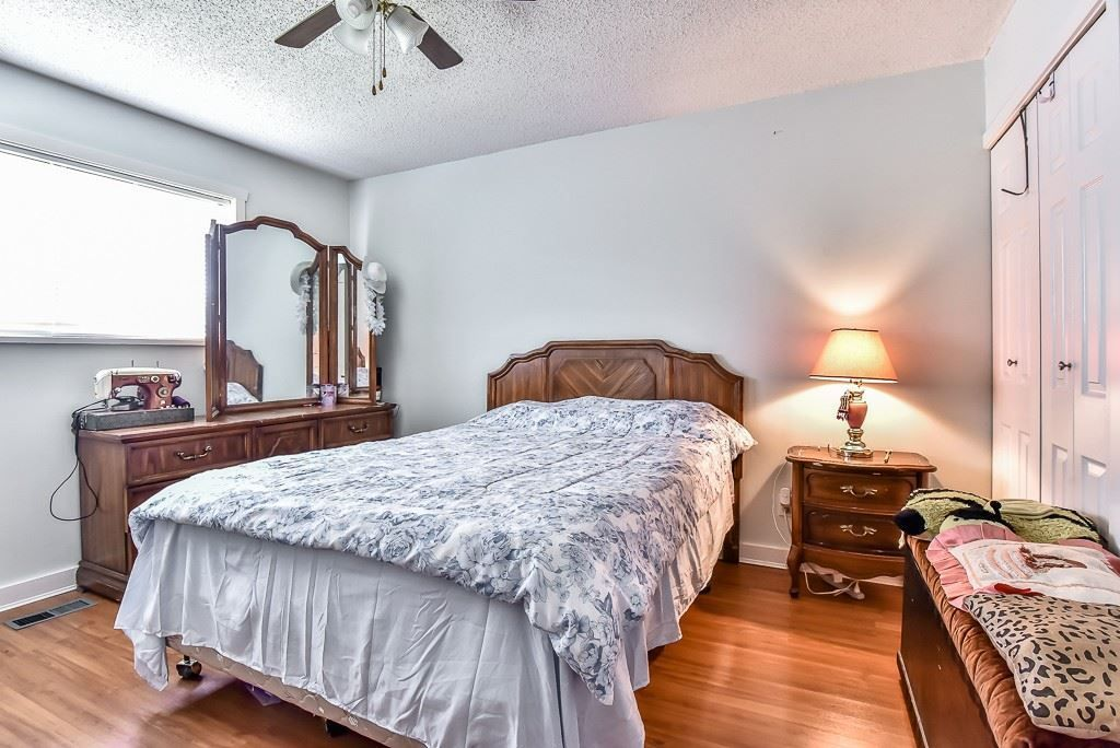Photo 3: Photos: 10173 144 Street in Surrey: Whalley House for sale (North Surrey)  : MLS® # R2232470