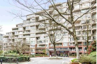 "Main Photo: 1010 518 MOBERLY Road in Vancouver: False Creek Condo for sale in ""NEWPORT QUAY"" (Vancouver West)  : MLS®# R2255665"