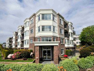 "Main Photo: 203 15389 ROPER Avenue: White Rock Condo for sale in ""The Regency"" (South Surrey White Rock)  : MLS®# R2306827"