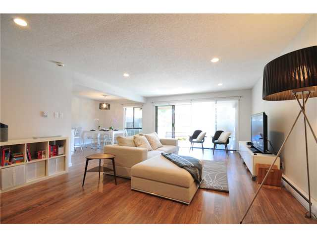 "Photo 2: 108 444 W 49TH Avenue in Vancouver: South Cambie Condo for sale in ""WINTERGREEN PLACE"" (Vancouver West)  : MLS(r) # V894863"