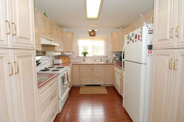 Photo 12: Photos: 6820 FIRST STREET in HONEYMOON BAY: House for sale : MLS® # 335356