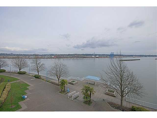 Main Photo: 409 12 K de K Court in New Westminster: Quay Condo for sale : MLS(r) # V939270