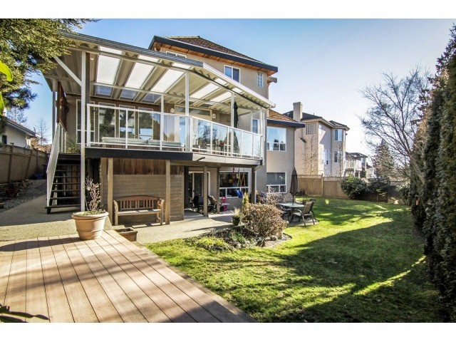 Photo 19: 7951 154TH Street in Surrey: Fleetwood Tynehead House for sale : MLS® # F1402731