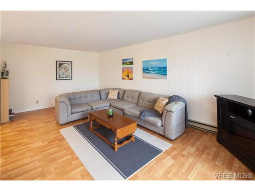 Photo 5: 209 853 Selkirk Avenue in VICTORIA: Es Kinsmen Park Condo Apartment for sale (Esquimalt)  : MLS(r) # 343540