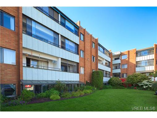 Photo 3: 209 853 Selkirk Avenue in VICTORIA: Es Kinsmen Park Condo Apartment for sale (Esquimalt)  : MLS(r) # 343540