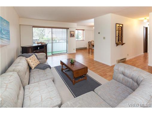 Photo 7: 209 853 Selkirk Avenue in VICTORIA: Es Kinsmen Park Condo Apartment for sale (Esquimalt)  : MLS(r) # 343540