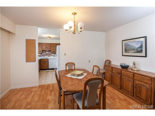 Photo 6: 209 853 Selkirk Avenue in VICTORIA: Es Kinsmen Park Condo Apartment for sale (Esquimalt)  : MLS(r) # 343540