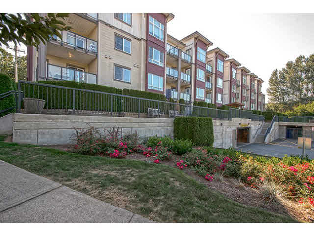 Main Photo: 215 2943 NELSON Place in Abbotsford: Central Abbotsford Condo for sale : MLS® # F1449371