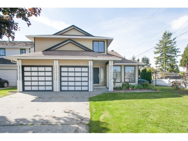 Main Photo: 9591 155TH Street in Surrey: Fleetwood Tynehead House for sale : MLS® # R2002020