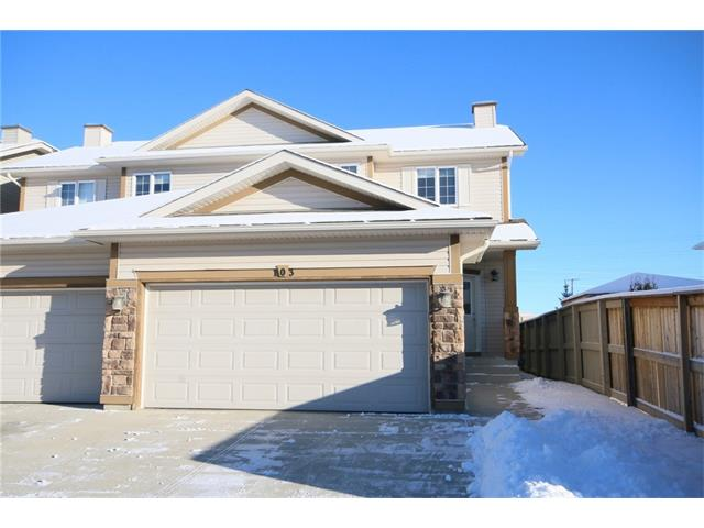 Main Photo: 103 WEST POINTE Court: Cochrane House for sale : MLS(r) # C4042878