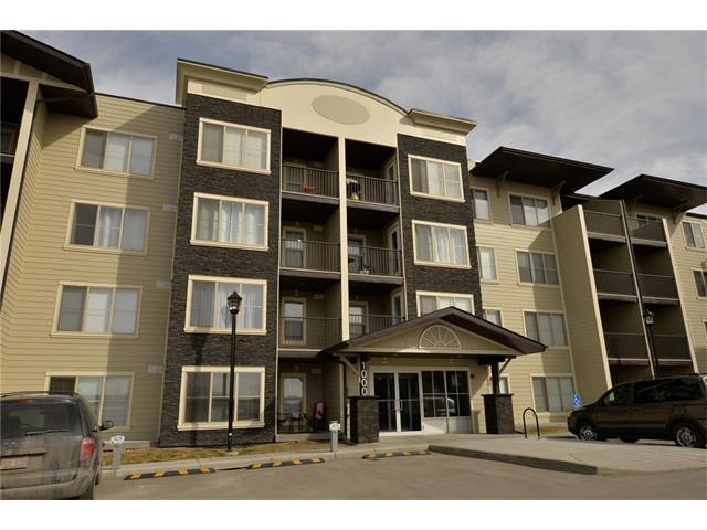 Main Photo: 1208 625 GLENBOW Drive: Cochrane Condo for sale : MLS(r) # C4071555