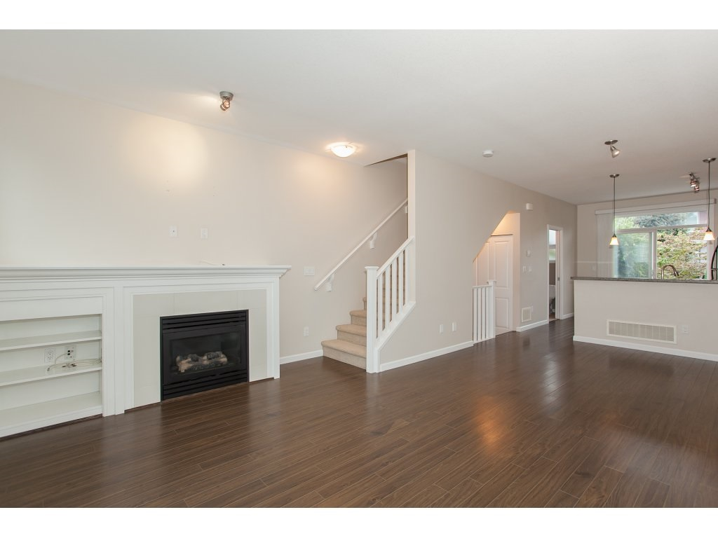 "Photo 4: 55 18777 68A Avenue in Surrey: Clayton Townhouse for sale in ""Compass"" (Cloverdale)  : MLS® # R2118322"